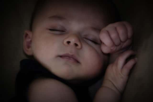 Comment faire pour protéger son enfant de l'humidité dans la chambre ?